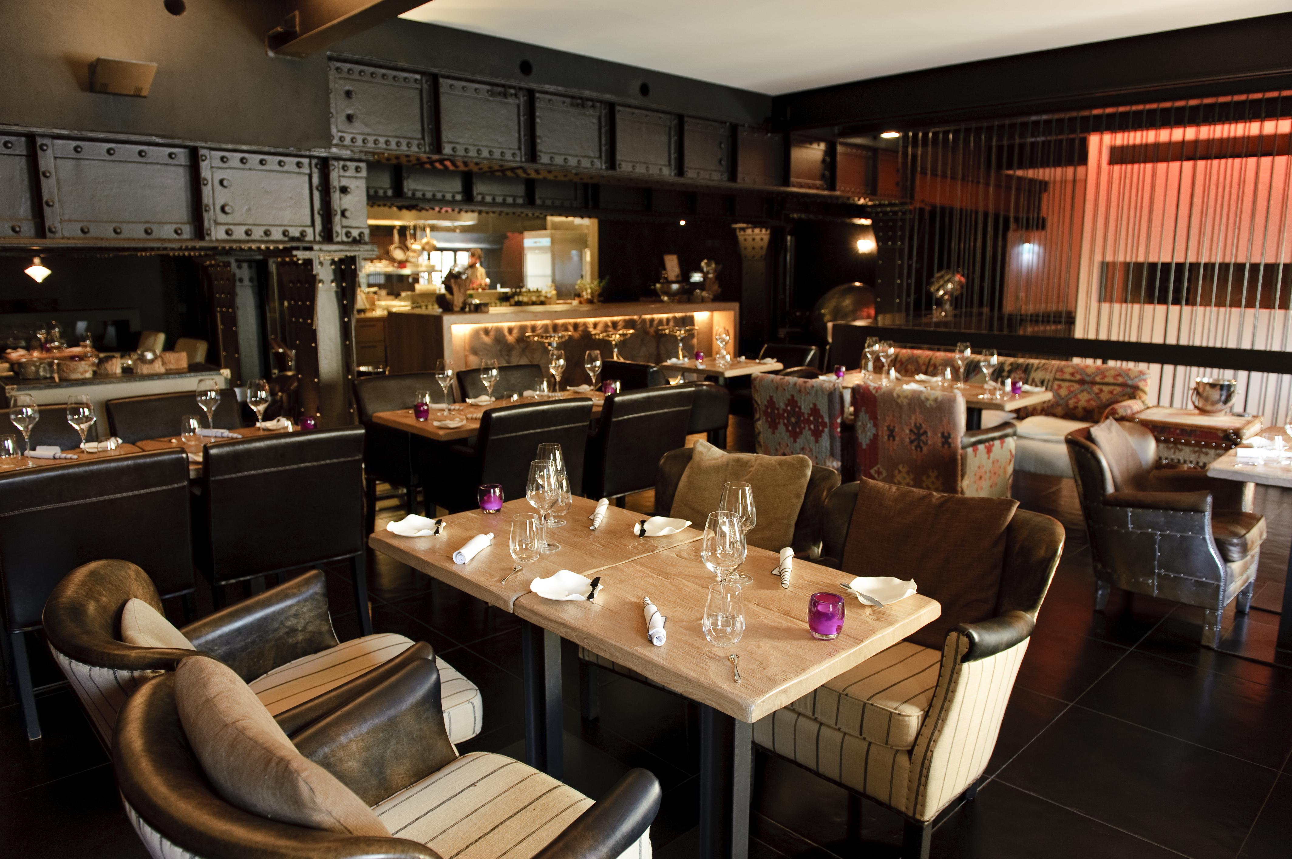 aktuelle mittagskarte 5 restaurant bar in stuttgart. Black Bedroom Furniture Sets. Home Design Ideas